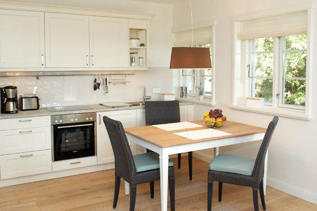 ferienwohnungen auf amrum im h s sommerinj wohnung 1. Black Bedroom Furniture Sets. Home Design Ideas